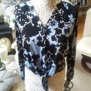 BEAUTIFUL Tie FRONT Blouse BY Dana BUCHMAN SZ M
